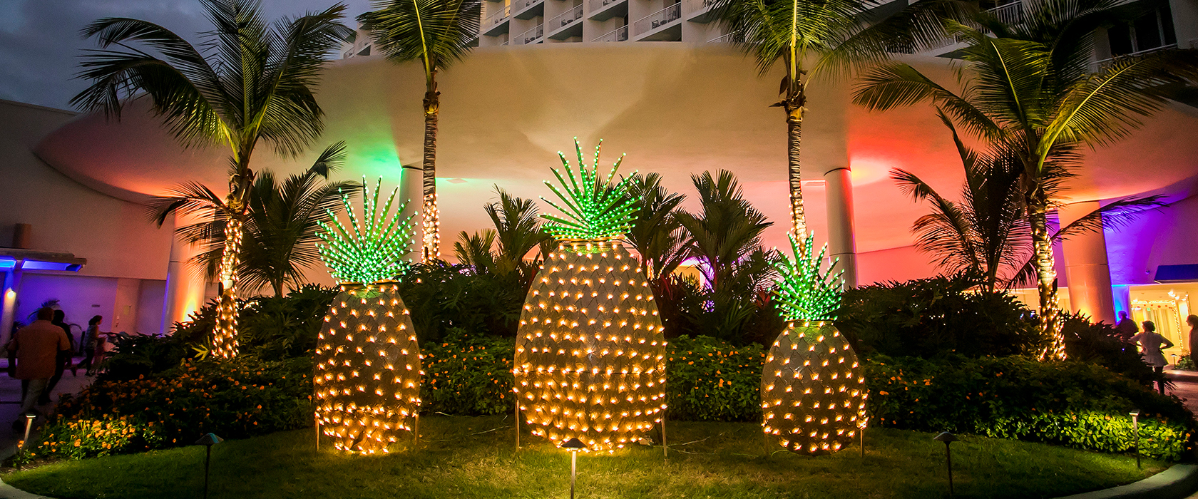 Holiday Pineapples